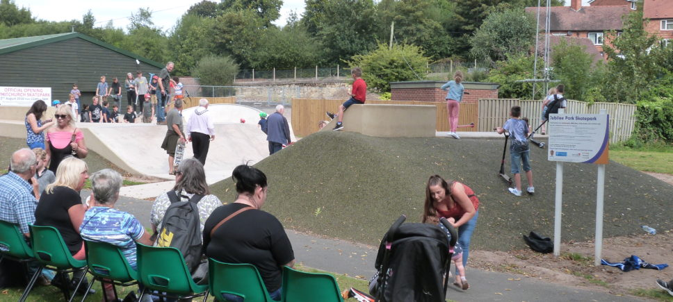 https://www.redkitenetwork.co.uk/website/wp-content/uploads/Whitchurch-skate-park-opening-1-968x435.jpg